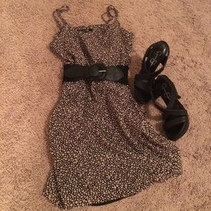 Forever 21 Pocketed Summer Dress